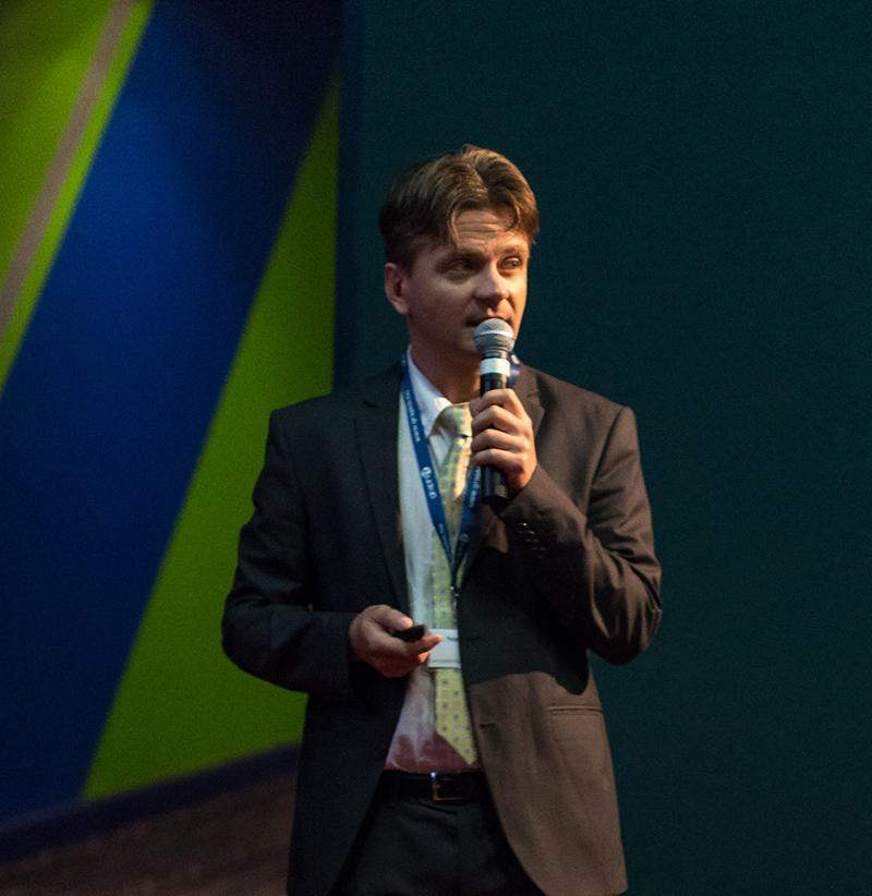 AQ Anton, Dr. Németh András
